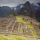Machu Pichu by Luka Skracic