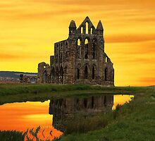 Sunset over the Abbey by msmidd