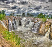 Hogenakkal waterfalls (India) by Frostworld