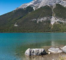 Spray Lakes by mylitleye