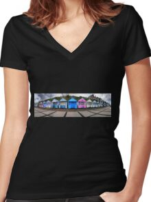 Southwold Beach Huts Women's Fitted V-Neck T-Shirt