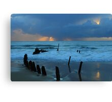 Shipwreck Sunrise 5 Canvas Print