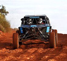 Car 80 - Finke 2011 Day 1 by Centralian Images