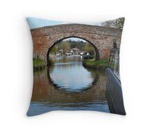 Butchers Bridge, Braunston Throw Pillow