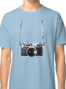 Vintage 35mm Rangefinder Camera Yashica Electro 35 GSN Classic T-Shirt
