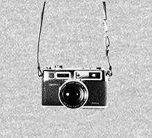 Vintage 35mm Rangefinder Camera Yashica Electro 35 GSN T-Shirt