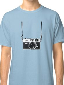 Vintage 35mm Rangefinder Camera Canon Canonet QL17 GIII Classic T-Shirt