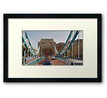 LONDON_View 005 Framed Print