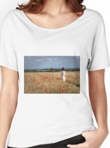 Waiting in the field Women's Relaxed Fit T-Shirt