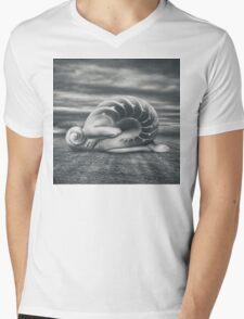 She shell Mens V-Neck T-Shirt