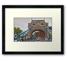 LONDON_View 008 Framed Print