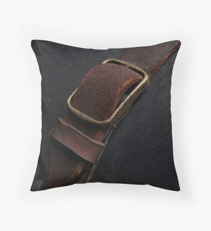 SS1 buckle macro Throw Pillow