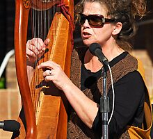 Kim Deacon at the Grenfell Henry Lawson Festival by Darren Stones