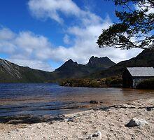 Dove Lake, Cradle Mountain 2 by danjc7