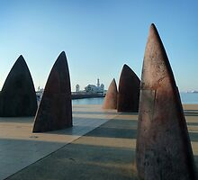 Sculpture, 'North' and Cunningham Pier at Geelong by ShineArt