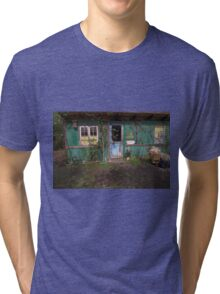 Christiania: Kone Søges / wife sought Tri-blend T-Shirt