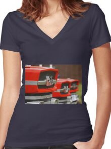 Vintage Tractors Women's Fitted V-Neck T-Shirt