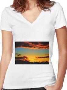 HDR Sunset Women's Fitted V-Neck T-Shirt