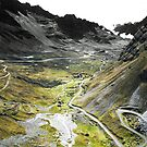 La Cumbre by Michael Dunn