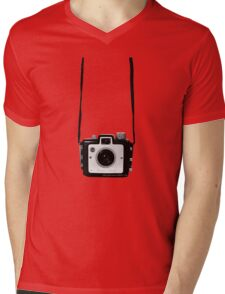Vintage Camera Kodak Brownie Chiquita 127 Film Mens V-Neck T-Shirt