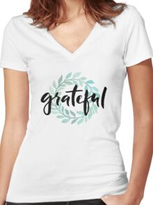 Grateful Women's Fitted V-Neck T-Shirt
