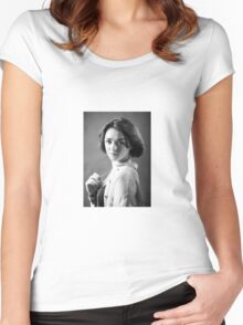 Maisie Williams Women's Fitted Scoop T-Shirt