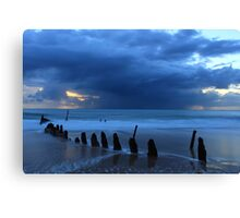 Shipwreck Sunrise 2 Canvas Print