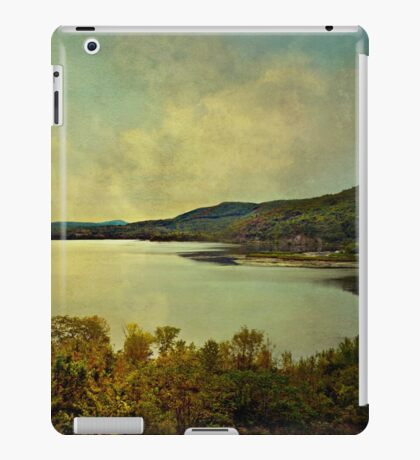 Lake George, Ft. Ticonderoga, NY iPad Case/Skin