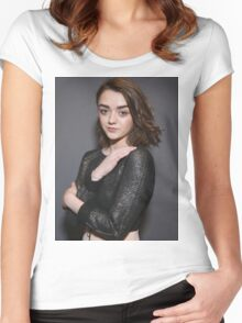 Maisie Williams Grey Women's Fitted Scoop T-Shirt