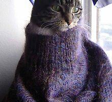 i'm no pullover... by Sam Fonte