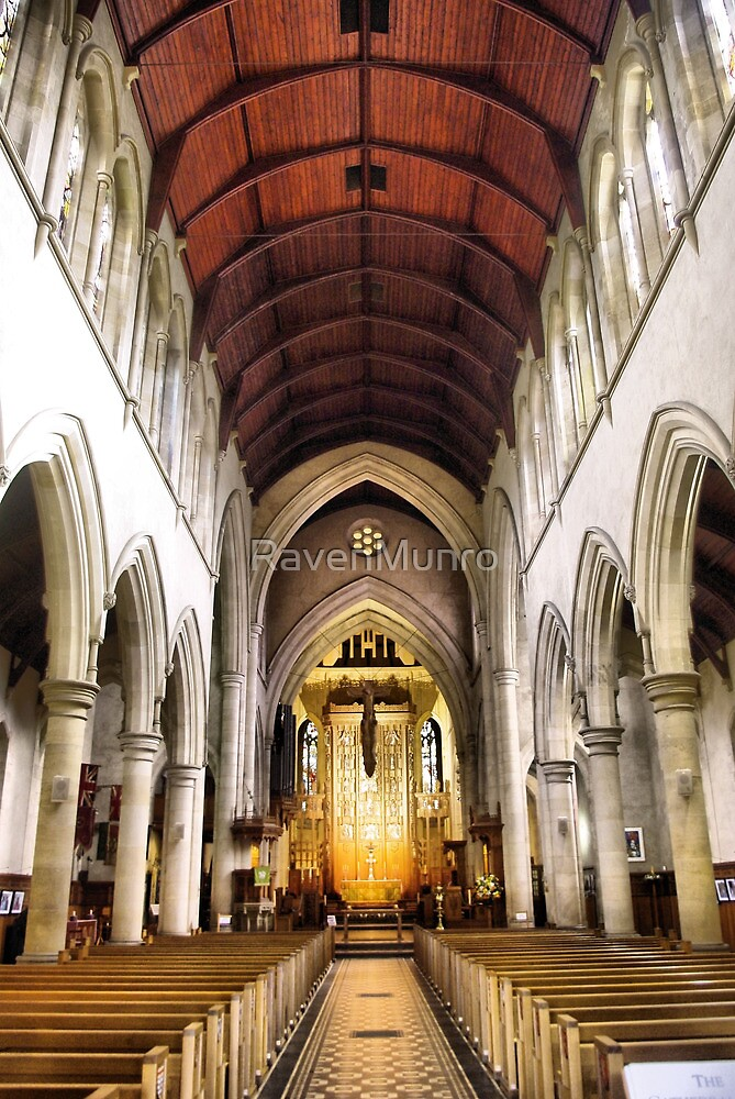 St Peter's by RavenMunro