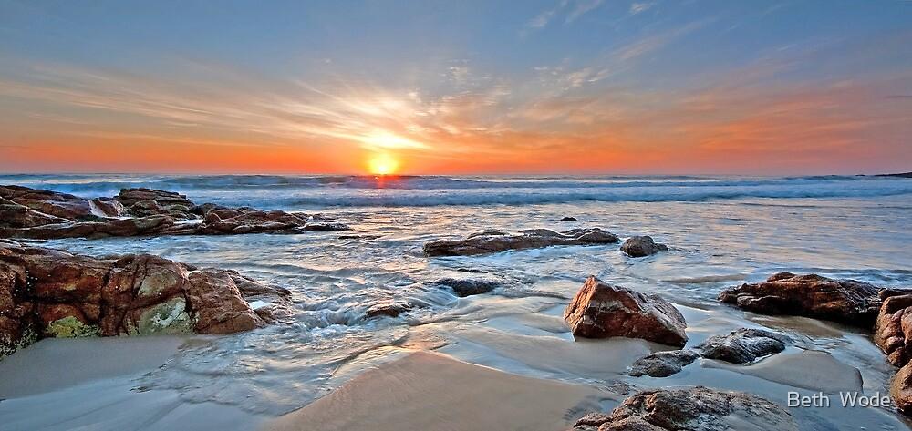 Sunrise on Coolum by Beth  Wode