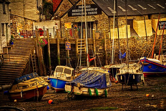 Polperro Low Tide by ajgosling