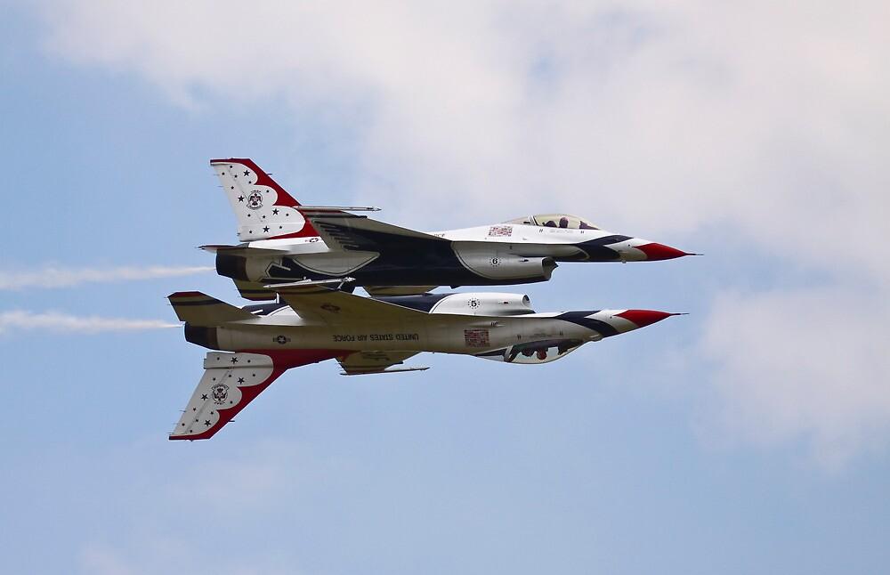 USAF Thunderbirds 2011 by PhilEAF92