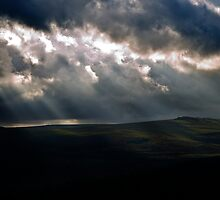 Every cloud has a silver lining by moor2sea