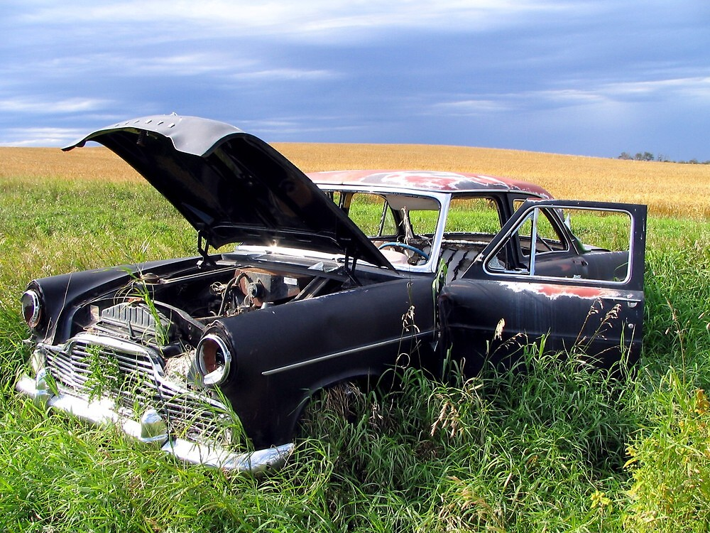 Abandoned car by Tracy Friesen