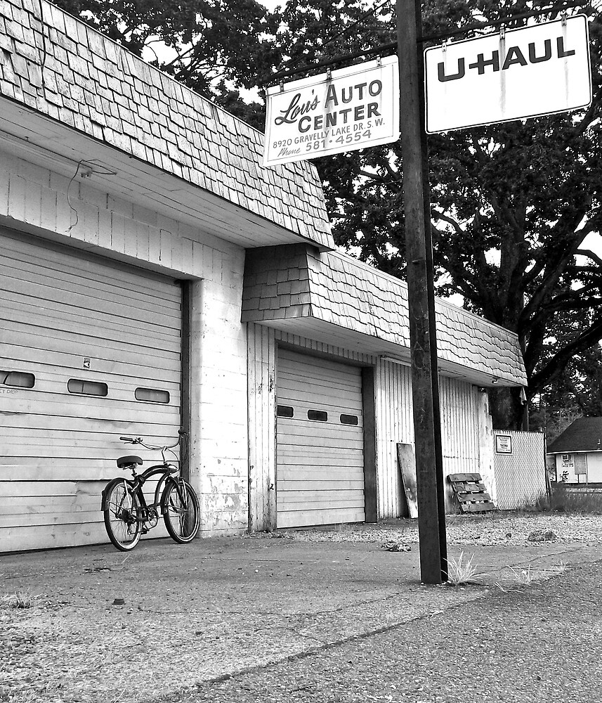 Lou's auto center by Justintron