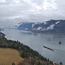 Columbia River view from Cape Horn by quiquilee