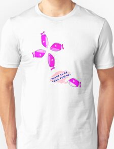 I want to be your friend.Pink fish T-Shirt