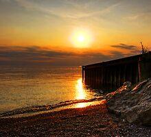 Bayfield Beach at Sunset by Wendy  Meder