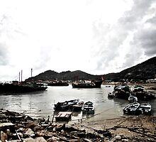 Big Boat, Small Boat by Daniel Chang