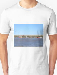 Staithes with boats in the harbour T-Shirt