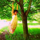 Swinger by Luisa Zajko