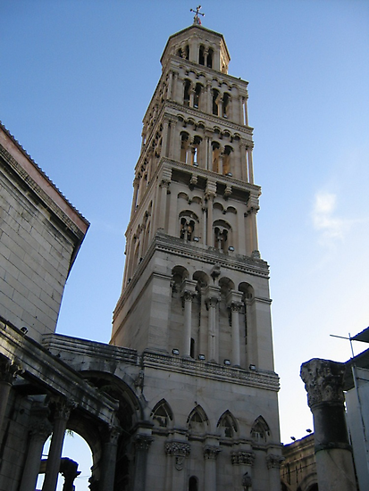 Bell tower by machka