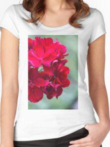 geranium in the garden Women's Fitted Scoop T-Shirt