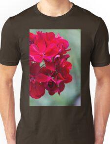 geranium in the garden Unisex T-Shirt