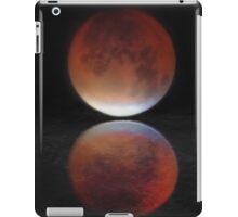 Super blood moon iPad Case/Skin