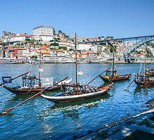 Oporto from Vila Nova Gaia by Tarrby