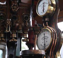 British Detroit Newport Pressure Guage by Australis