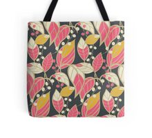 Seamless floral pattern with hand drawn leaves Tote Bag